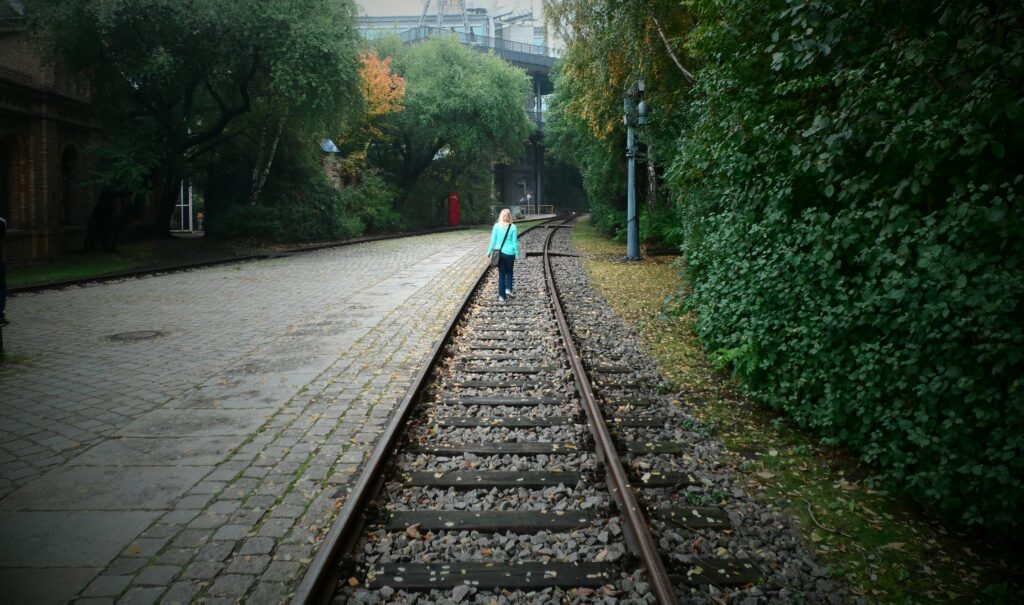 How to Travel If You're an Empath